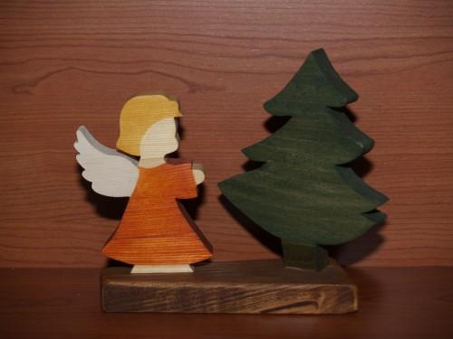 Angioletto in legno.jpg