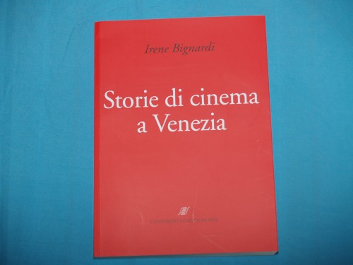 regali,libro,cinema,t-shirt